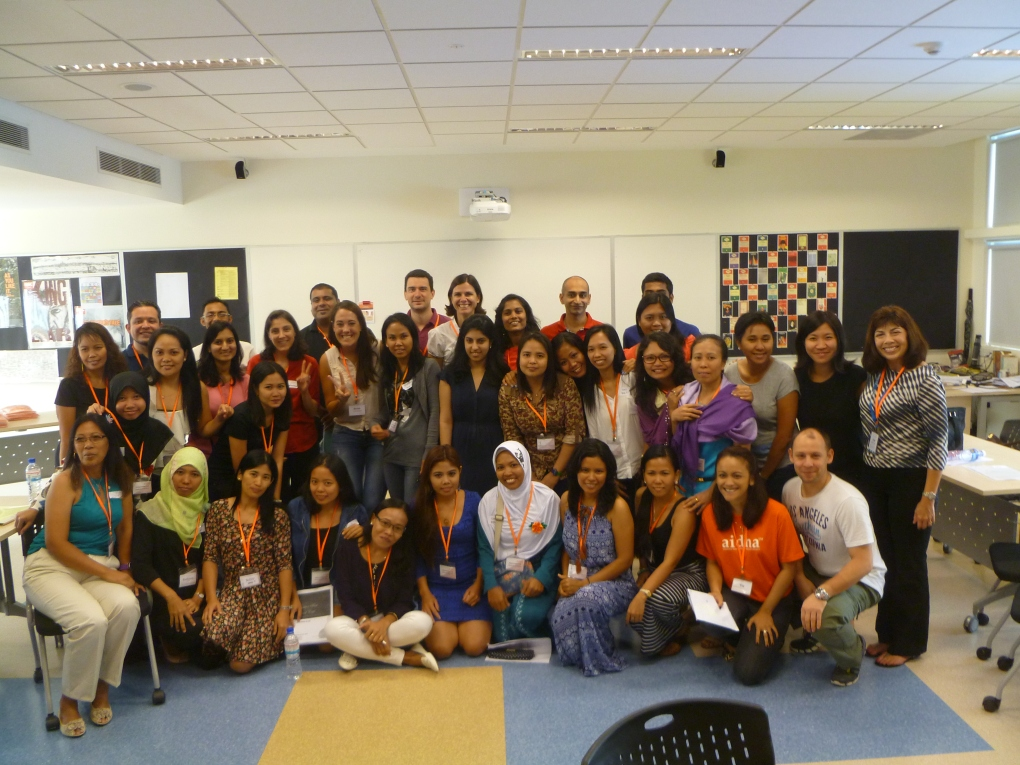 Aidha alumni with Goldman Sachs Volunteers and Aidha Mentors